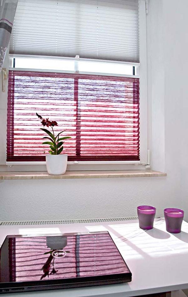 sichtschutz plissee latest siena with sichtschutz plissee trendy plissee rollos eignen sich fr. Black Bedroom Furniture Sets. Home Design Ideas